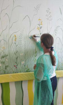 V levickej nemocnici zdobia steny oddelenia umelecké diela